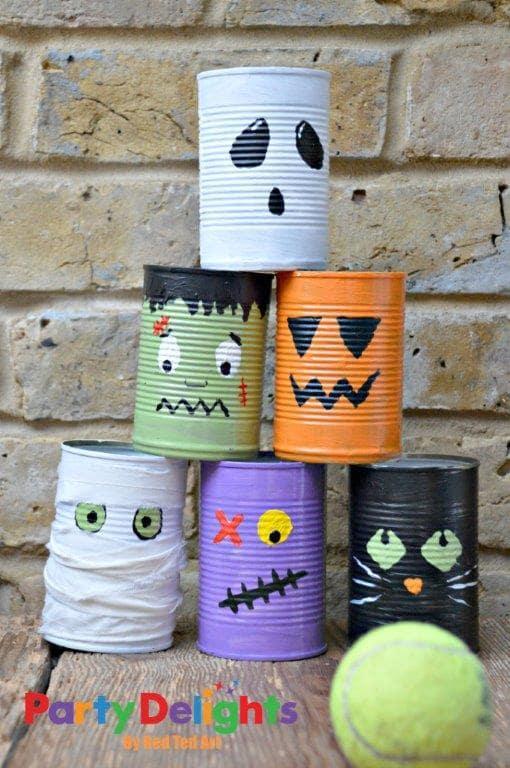 Juego de latas para Halloween