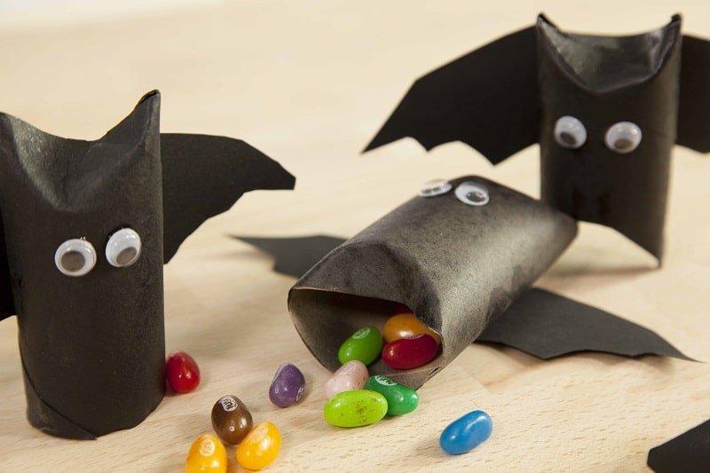 Murciélagos DIY con cartón