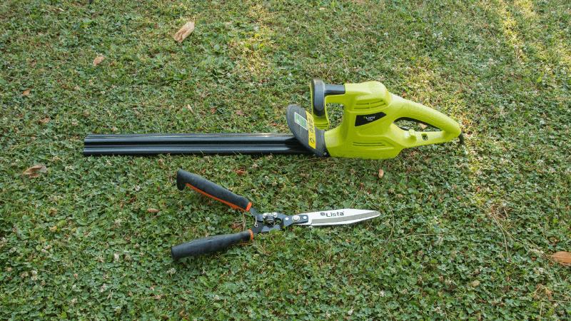 Tijeras cortasetos y cortasetos eléctrico para podar setos