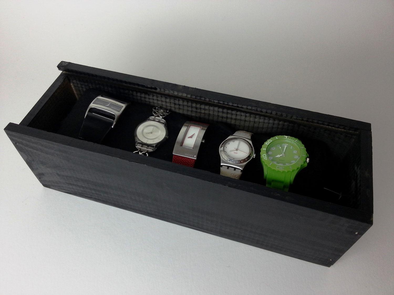 Cómo hacer un relojero a mano
