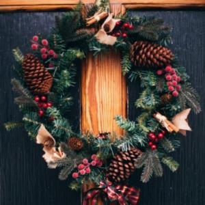 Decoración de puertas para Navidad