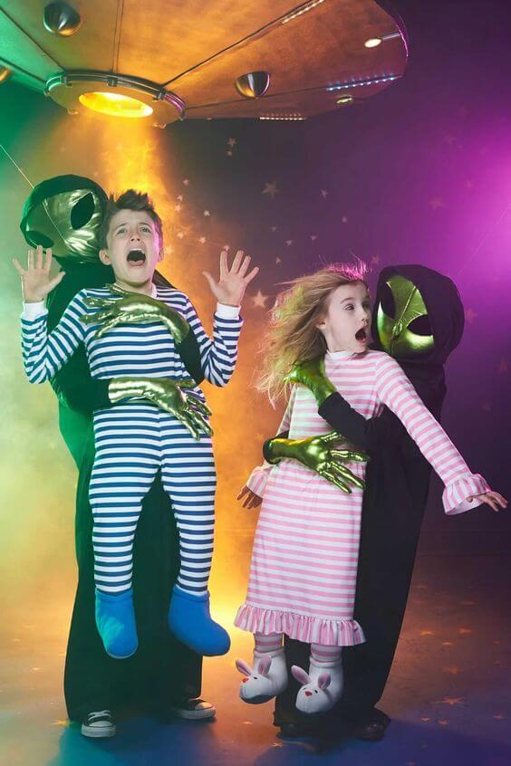disfraces-de-halloween-abduccion-alien-captura-de-extraterrestre
