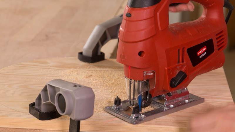 Cortar circunferencia de madera con la sierra de calar
