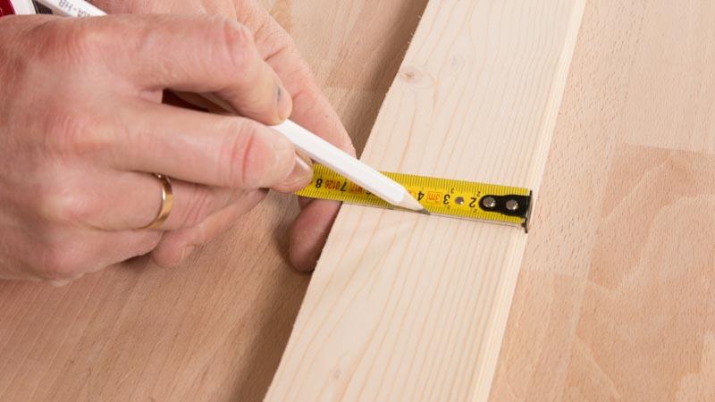 Punto para hacer los agujeros en la madera