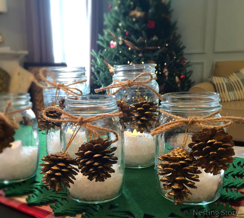 Centris de mesa navideños con piñas