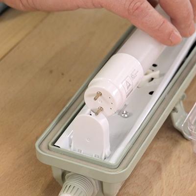 Cómo cambiar un tubo fluorescente por uno LED
