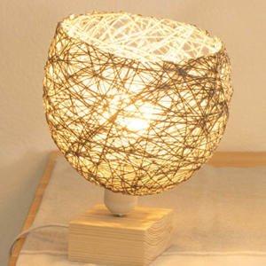 Cómo hacer un lámpara con hilo de lana