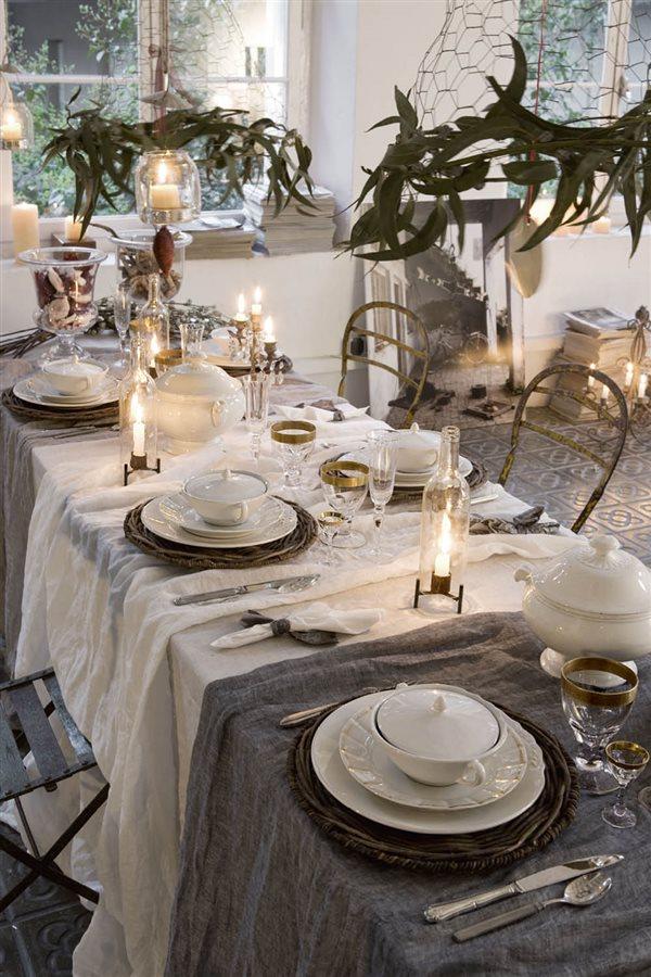 Mesa de Navidad con varios manteles