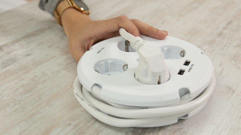 Cable de la regleta con USB de Simon Brico