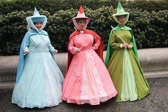 Disfraz para tres amigas con las hadas de la película de La Bella Durmiente: Flora, Fauna y Primavera.