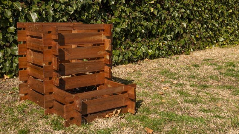 Compostador de madera de Catral