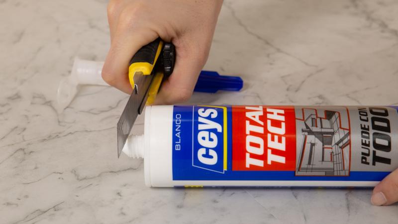 Cortar para poder aplicar producto
