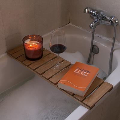 Repisa de madera para bañera