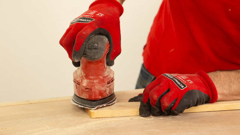 Lijar los listones de madera