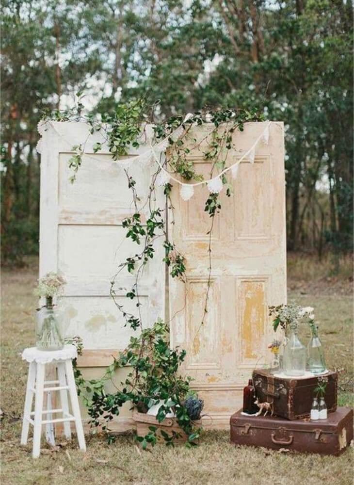 Photocall original de bodas al aire libre
