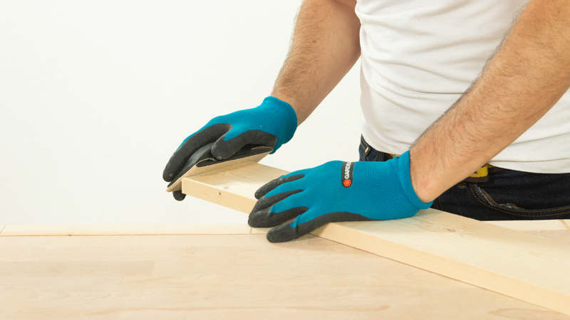 Lijar toda la superficie de madera