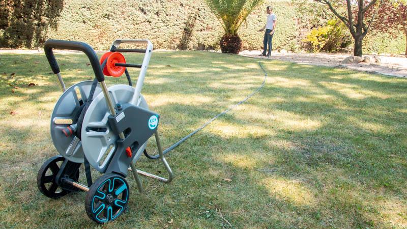 Carro portamangueras Aquaroll L easy de metal de Gardena