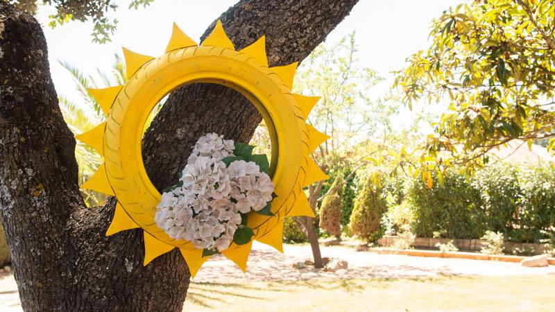 Maceta en forma de sol para el jardín