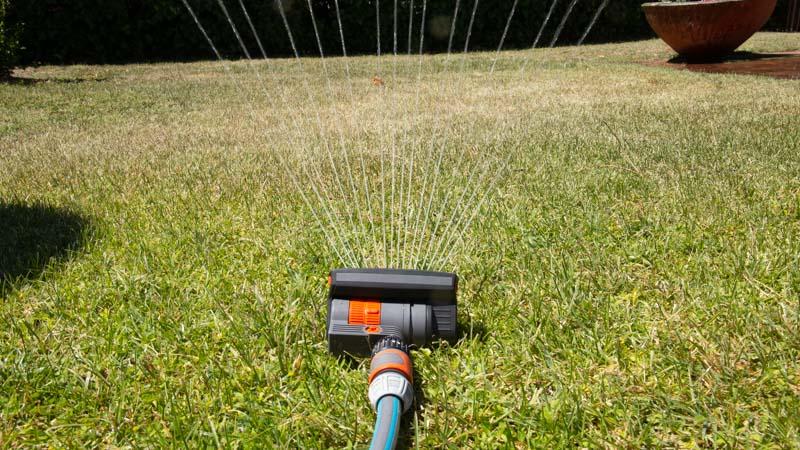 Riego del césped con el sensor Smart de Gardena