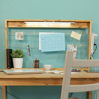 Tablón para colgar notas en el escritorio