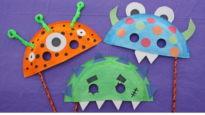 Máscaras DIY con platos de papel