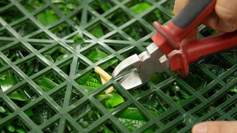 Corte de la plancha de jardín vertical de Catral
