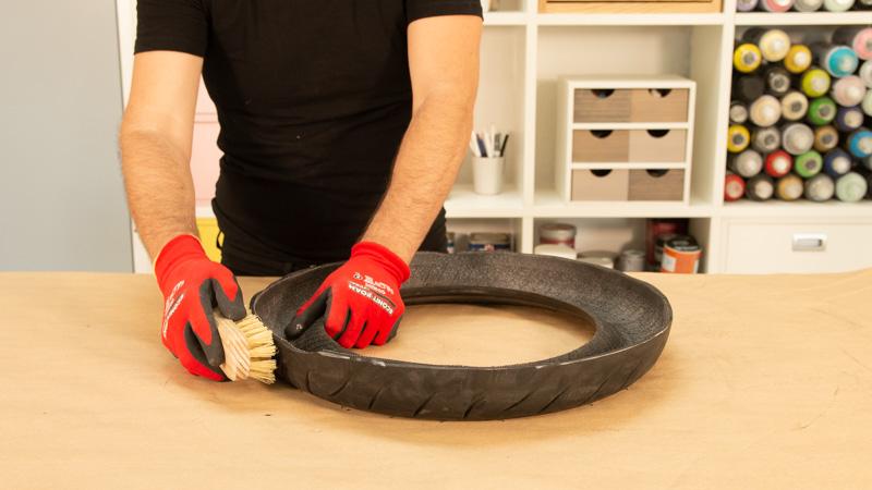 Limpieza de la goma del neumático