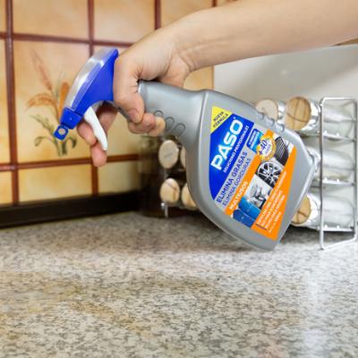 Cómo limpiar grasa de la cocina