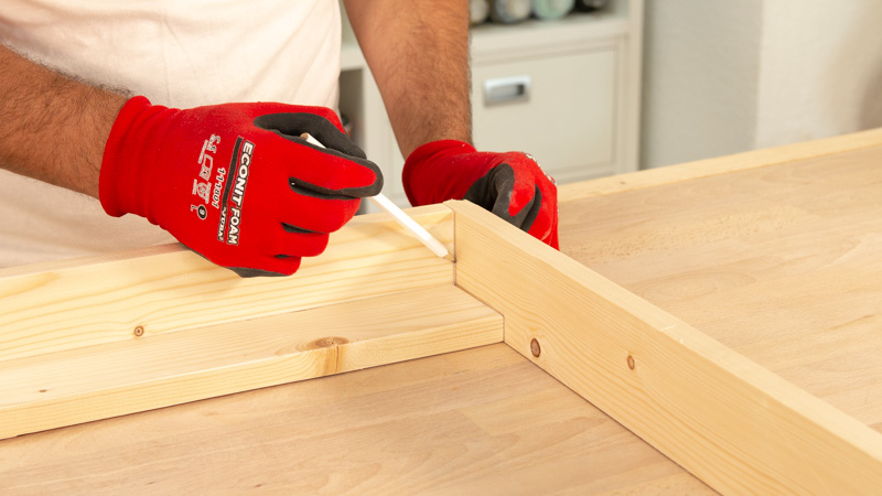 Realización de marcas que faciliten la unión de la madera