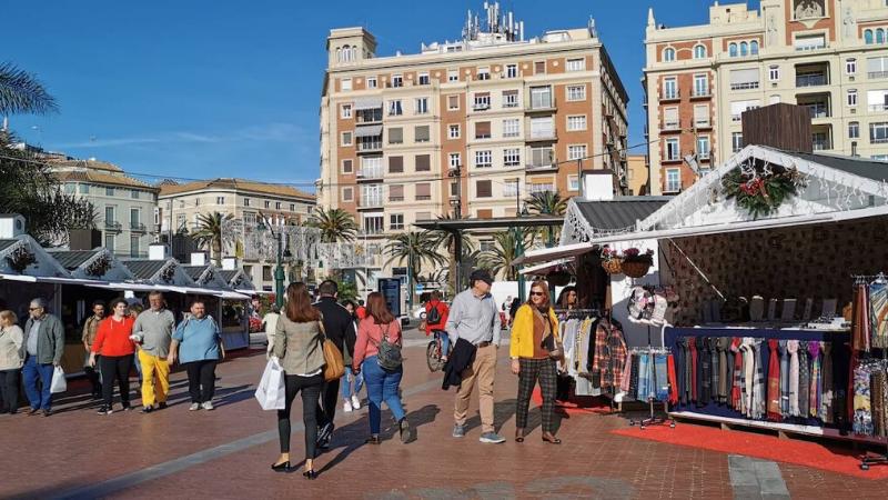 Mercadillo navideño de la Plaza de la Marina en Málaga