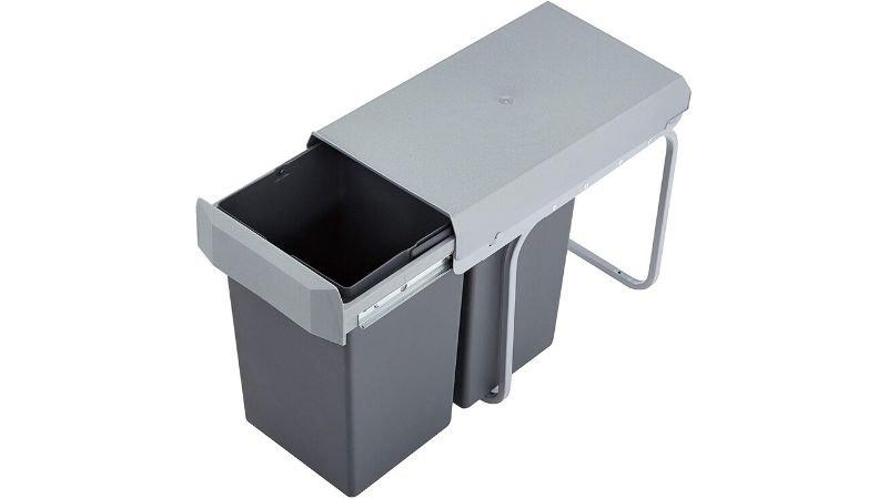 Cubos de basura integrados con raíles