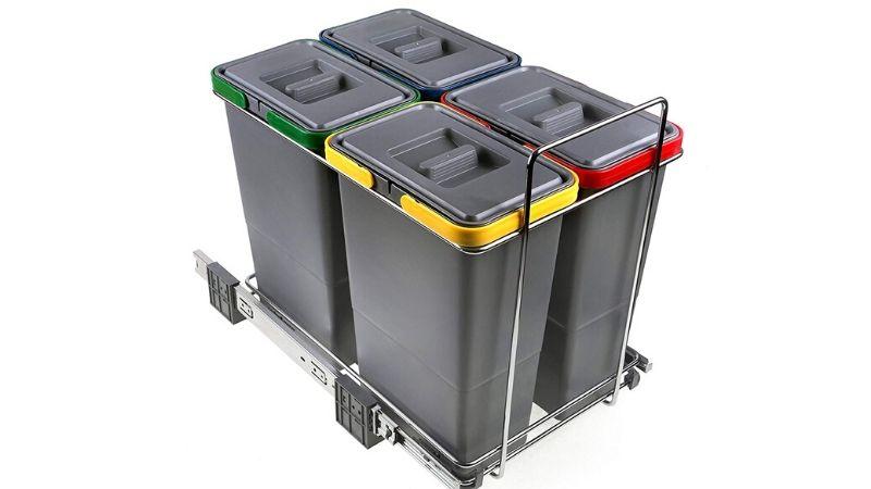 Cuatro cubos de basura extraíbles