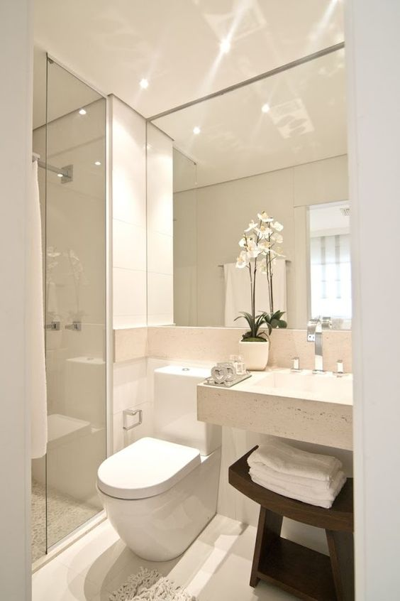 Espejos grandes para baños pequeños