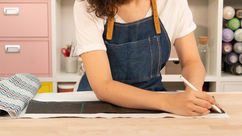 Marcar tela de loneta