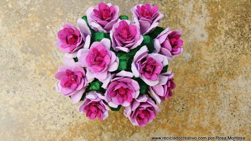 Ramo de flores con huevera
