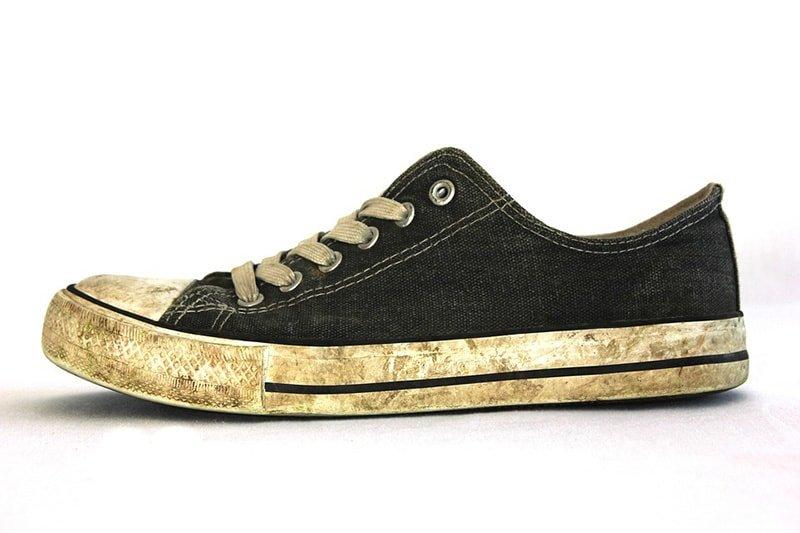 Zapato sucio