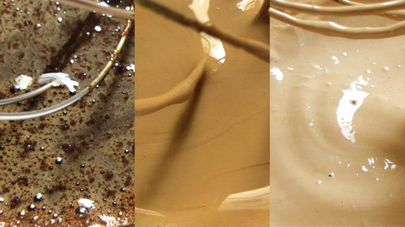 Tres detalles de la texturas del proceso de hacer la crema de Café Dalgona