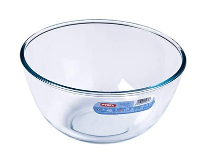 Cuenco de vidrio transparente de la marca Pirex