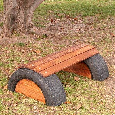 Cómo hacer un banco para el jardín con un neumático