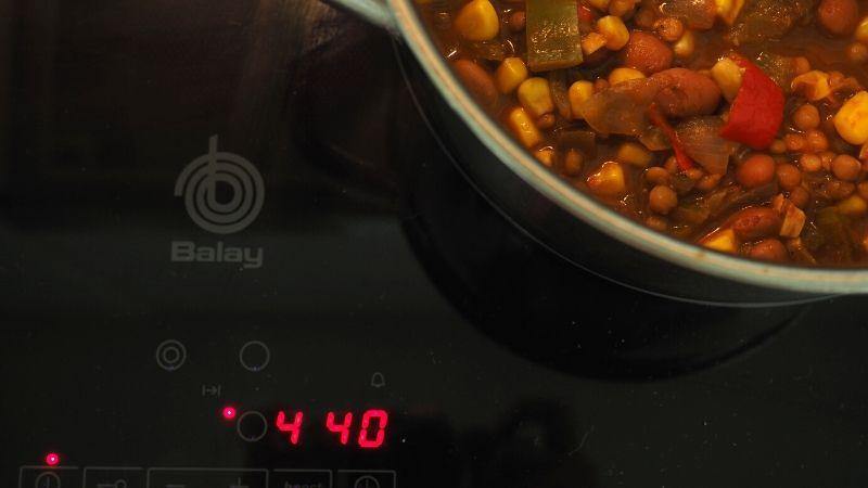 Deja cocer el chili