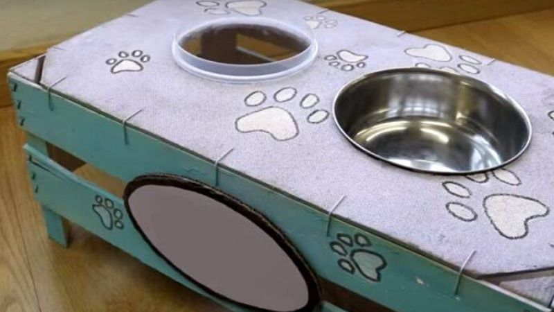 Manualidad para hacer un comedero para tu perro