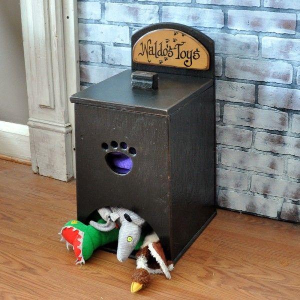 Manualidad para hacer un dispensador de juguetes para perros