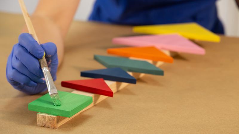 Decoración de las piezas de madera del tangram