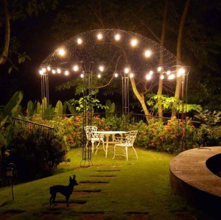 ideas-para-iluminar-el-jardín