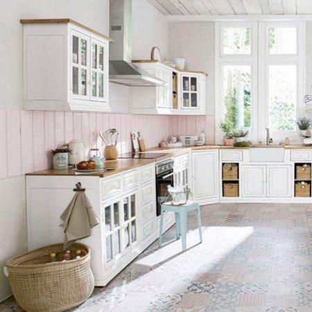 mueble-colgado-en-la-cocina