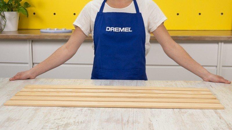 listones de madera largos para realizar la bandeja