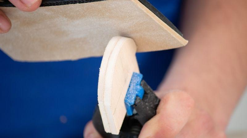 lijar las piezas de los laterales de la cajita para que queden uniformes